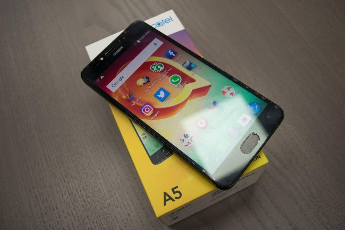 Alcatel A5, Edición Led
