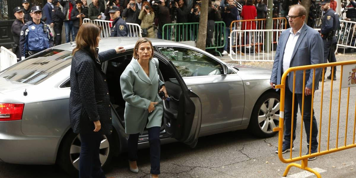 Prisión para nueve integrantes del gobierno catalán cesado