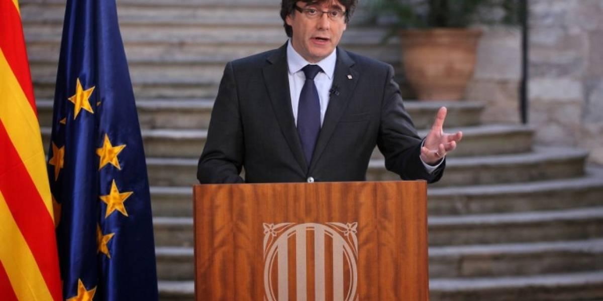 La fiscalía española pide la detención del destituido presidente catalán