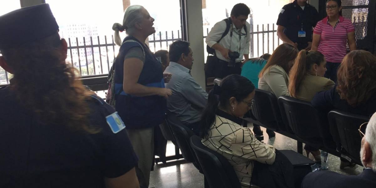 VIDEO. Jueza expulsa a una integrante de Liga Pro Patria