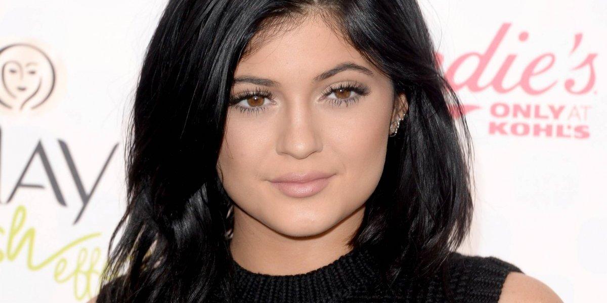 Entre rumores de embarazo, Kylie Jenner pasó Halloween en casa usando un angelical disfraz