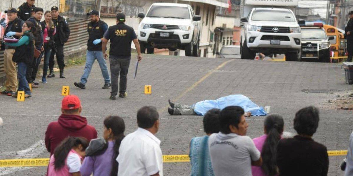 Se opone a asalto y ladrón lo asesina en la zona 8
