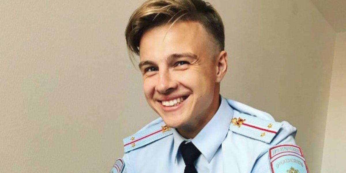 Este apuesto policía ruso causa furor en la web