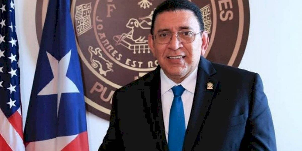 Reclaman a Tribunales que limpien sala municipal de Toa Baja