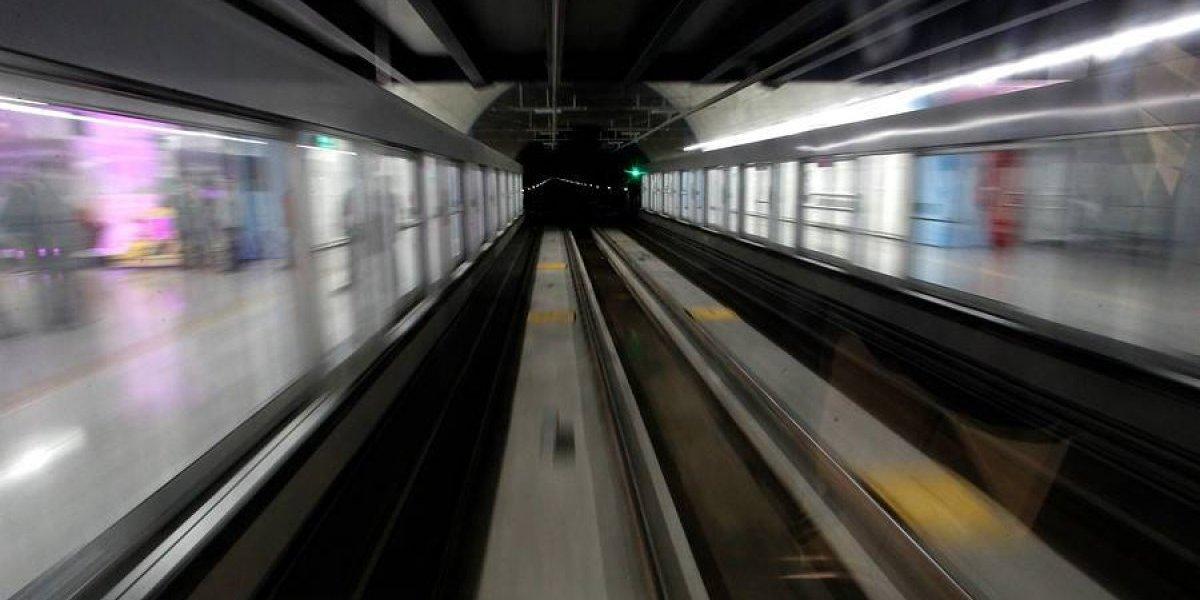 Nadie lo tratará de huaso: hasta los gerentes se fueron pegados a la ventana del primer tren de la Línea 6
