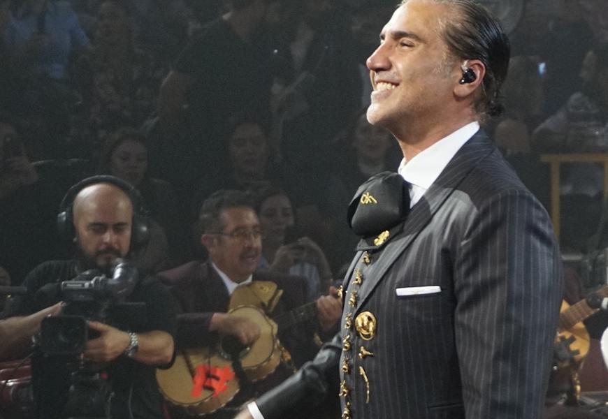 Alejandro Fernández consideraría una segunda oportunidad para Luis Miguel