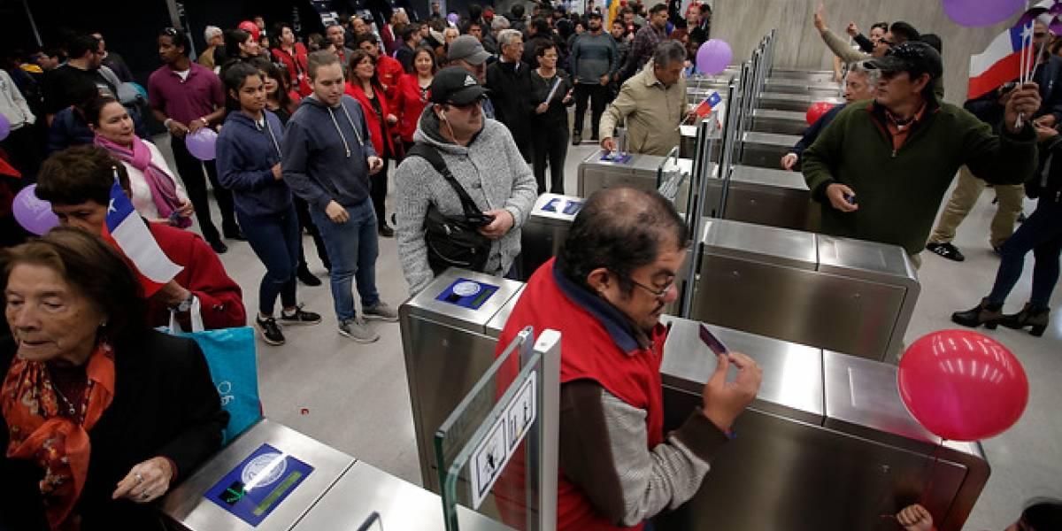 Sin considerar transbordos: 46.800 personas ingresaron en la Línea 6 del Metro en su primer día
