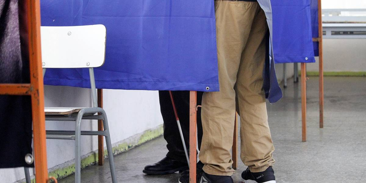 Encuesta Cadem: Sebastián Piñera 42% y Alejandro Guillier 24%