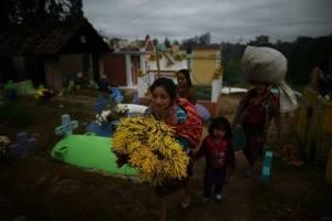 cementeriochichicastenango9-c72aaeb626fca45ab70e4aa51da1f629.jpg