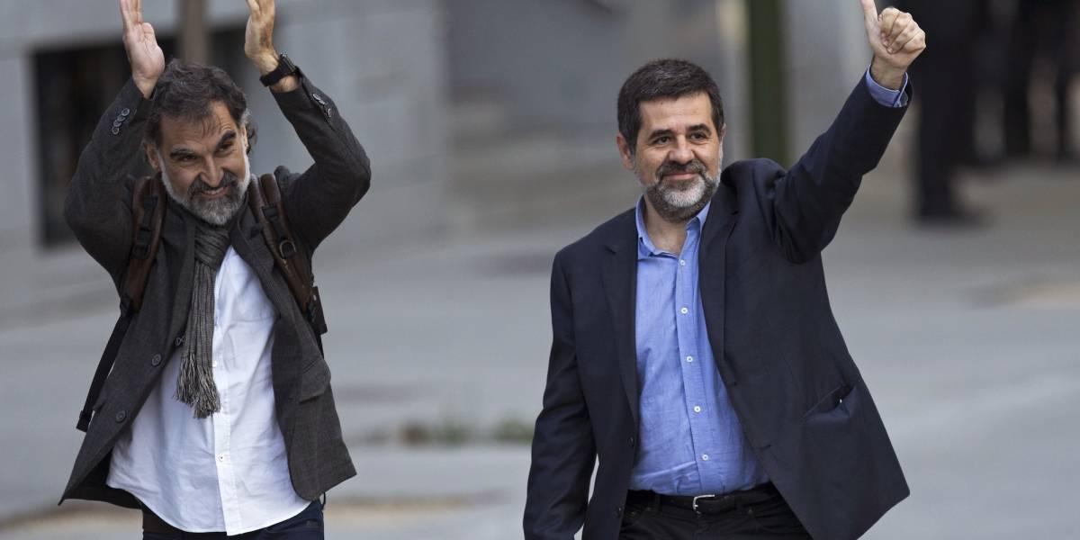 Seguirán en prisión dos importantes líderes catalanes