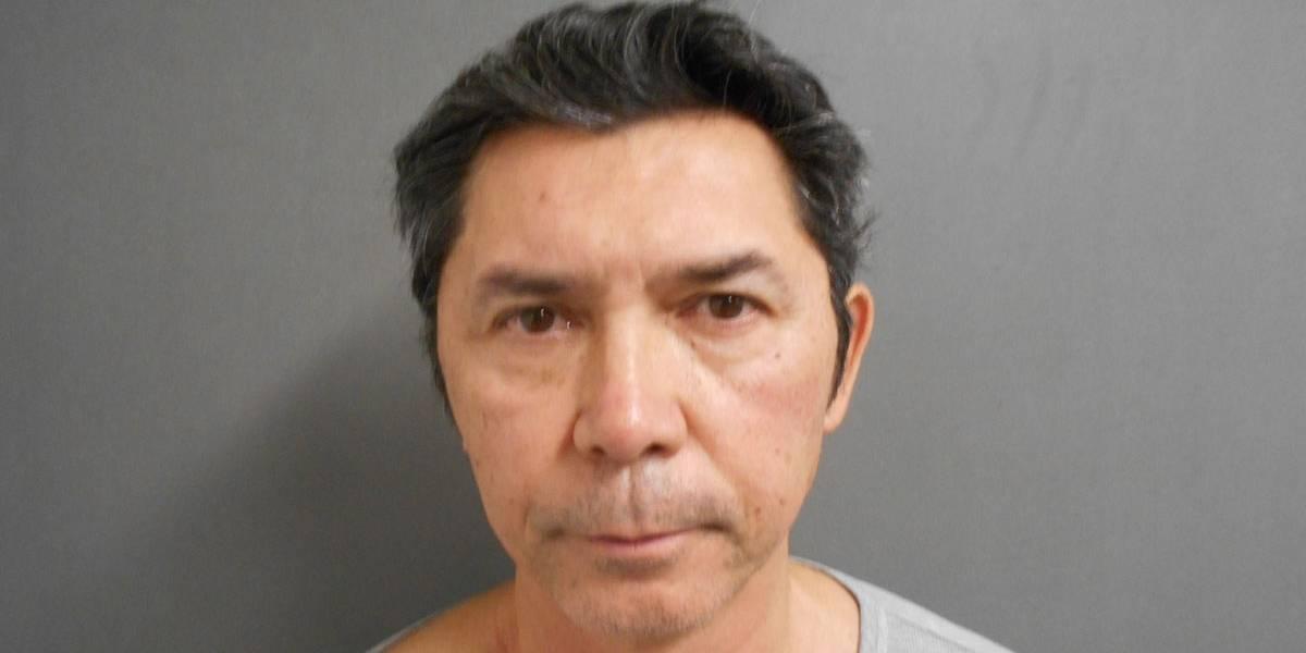Astro de La Bamba é preso por dirigir alcoolizado após pedir informações a policiais
