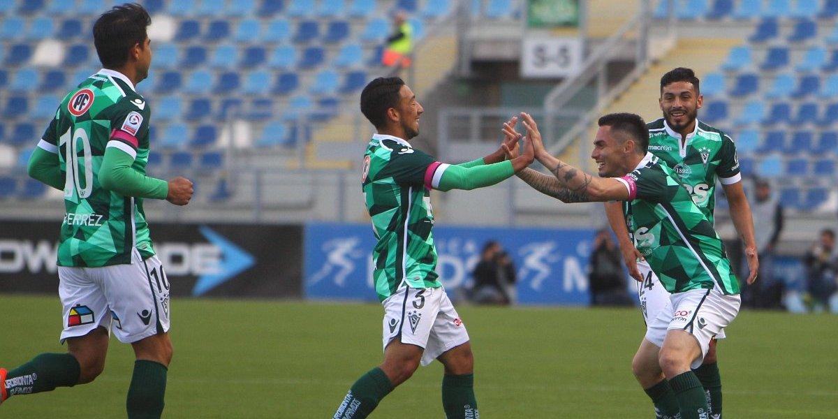 Córdova espera evolución de dos lesionados para confirmar la formación de Wanderers ante la U