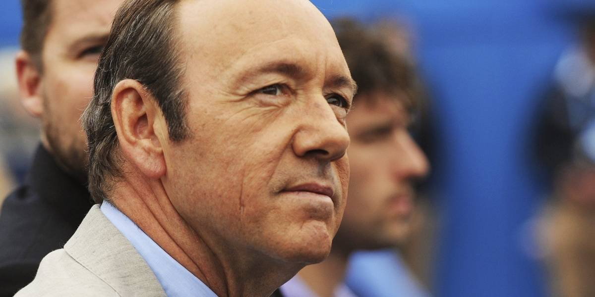 "Productores de House of Cards estudian posibilidad de ""matar"" a Kevin Spacey"
