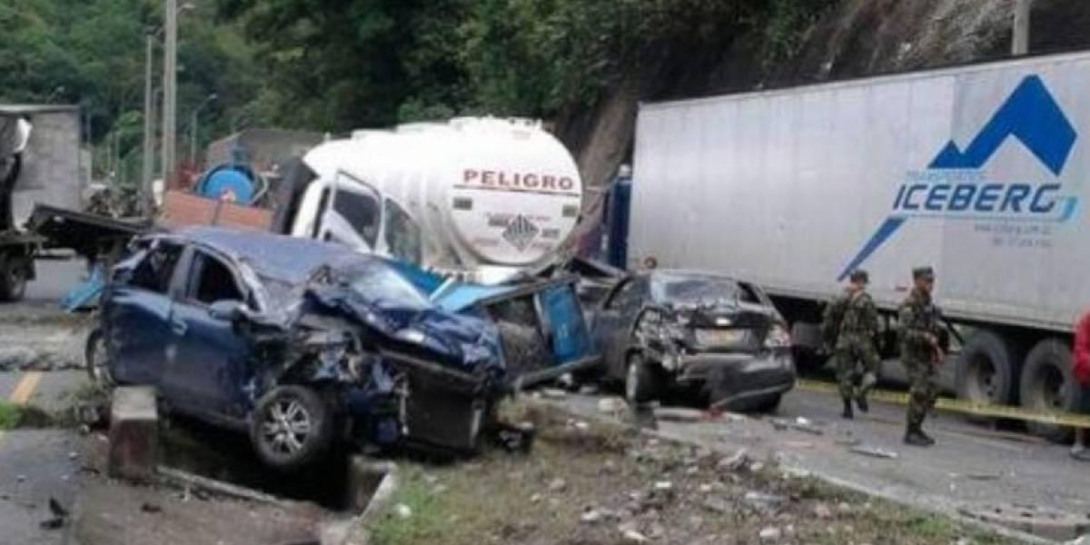 Videos: Grave accidente en la vía Cali-Buenaventura con saldo de muertos y heridos