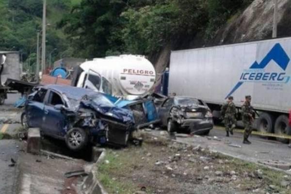 Accidente en la vía Cali-Buenaventura el sábado 4 de noviembre