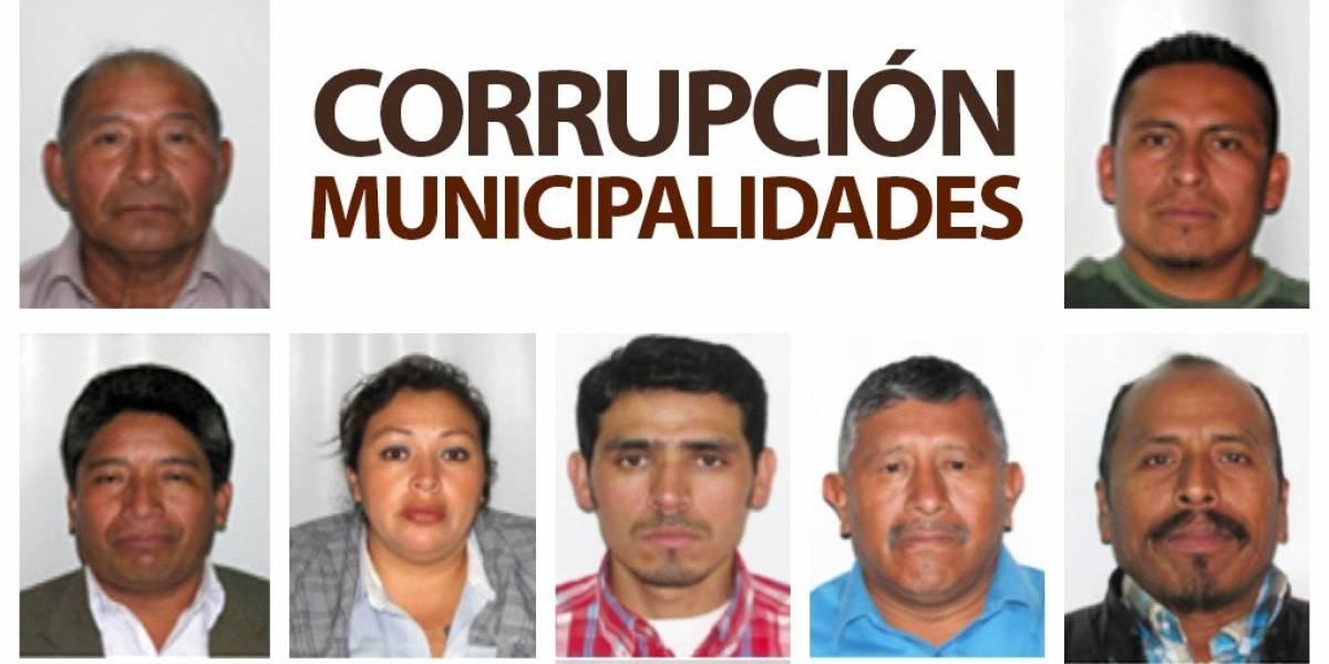 Ligan a proceso a 17 por corrupción en las municipalidades
