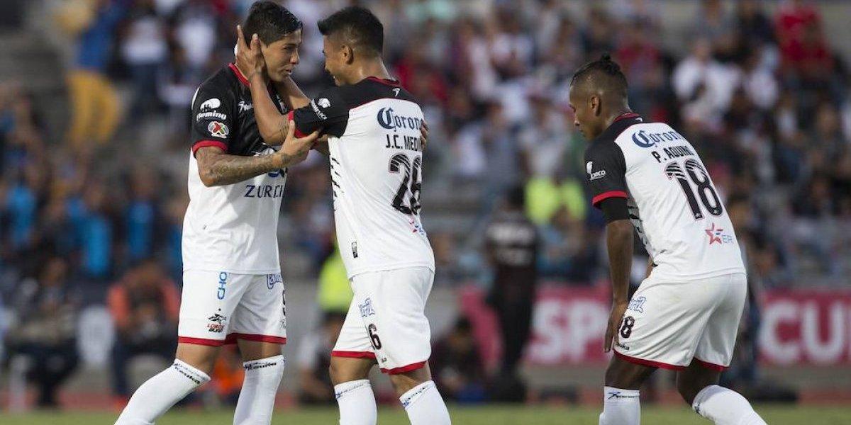 Lobos le da la vuelta al Monterrey, evita que amarre liderato y sueña con liguilla