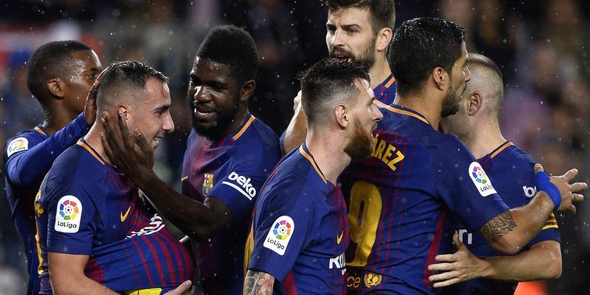 El Barcelona celebra en el partido 600 de Lionel Messi
