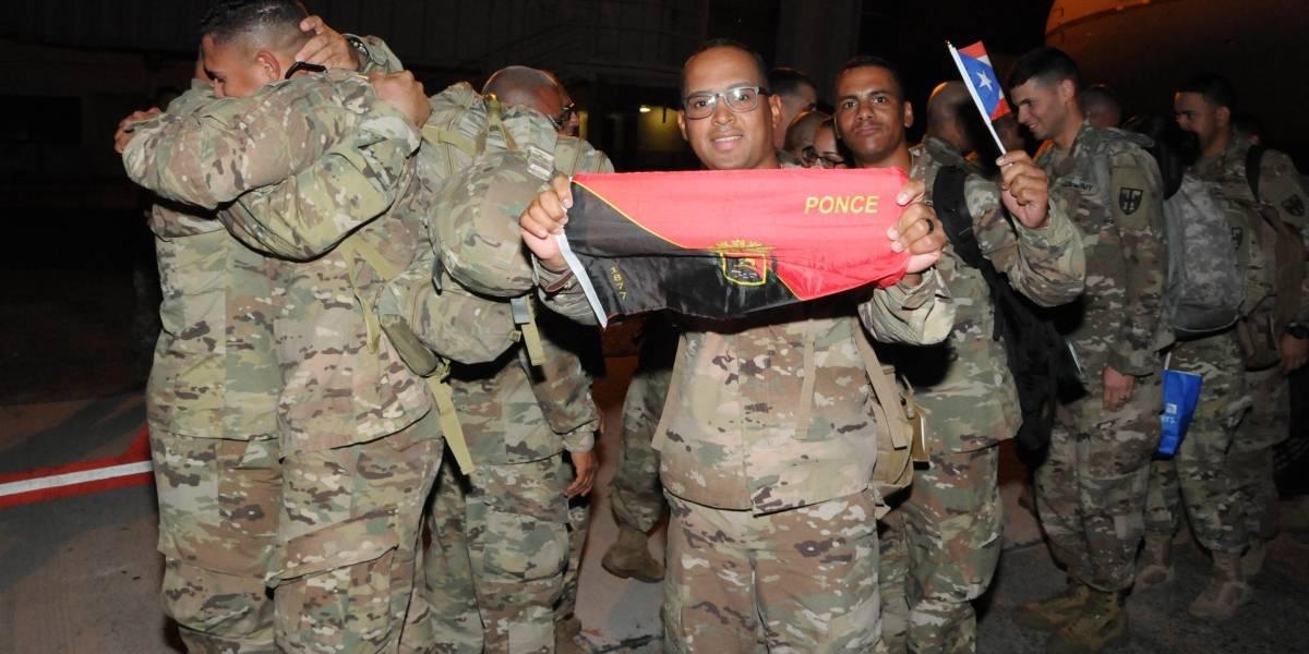 Arriban 137 soldados boricuas a la isla