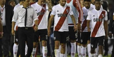 River quedó en deuda ante su afición y Boca hizo fiesta en La Bombonera.