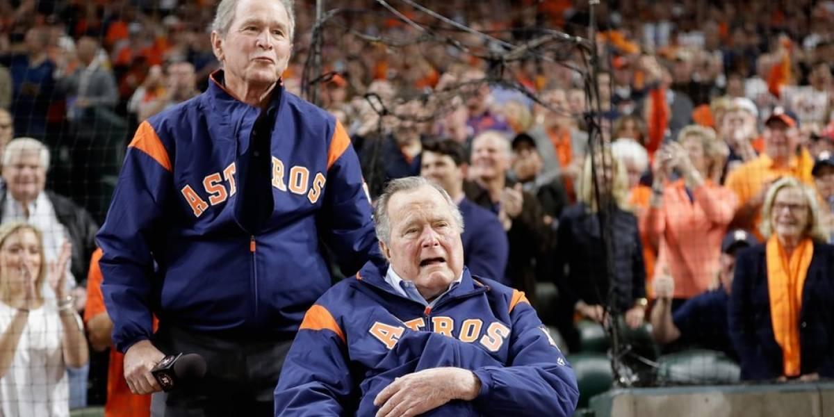 """""""Fanfarrón"""": la dura opinión de los Bush sobre Donald Trump por la que la Casa Blanca defendió al presidente de Estados Unidos"""