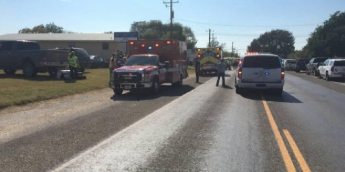 Tiroteo en iglesia bautista de Texas deja varias personas muertas