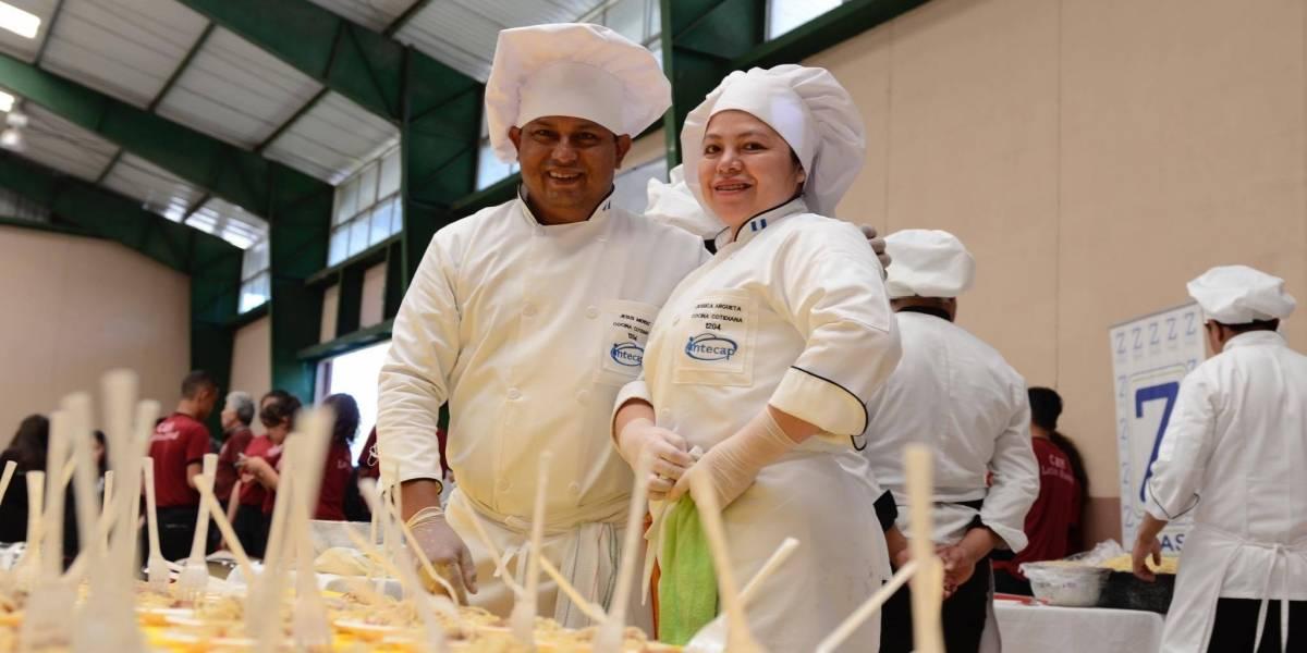 Conmemoran el Día Mundial de la Pasta y el Cocinero