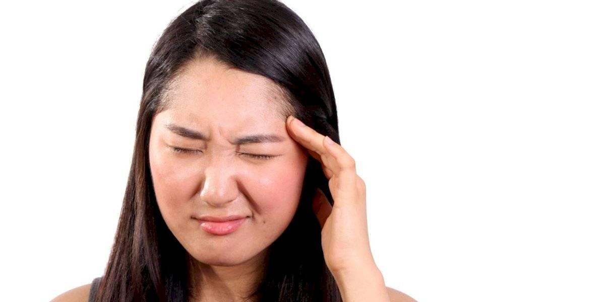 Você já tentou hipnoterapia para combater a enxaqueca? Especialista diz que método pode ser eficaz