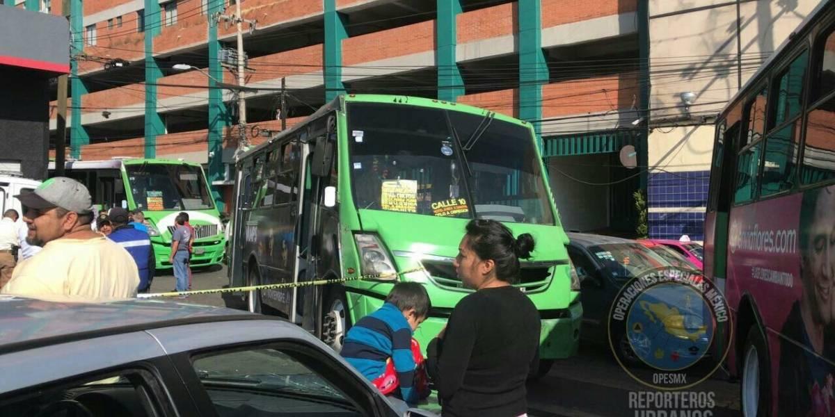 Asesinan a chofer de microbús en San Pedro de los Pinos