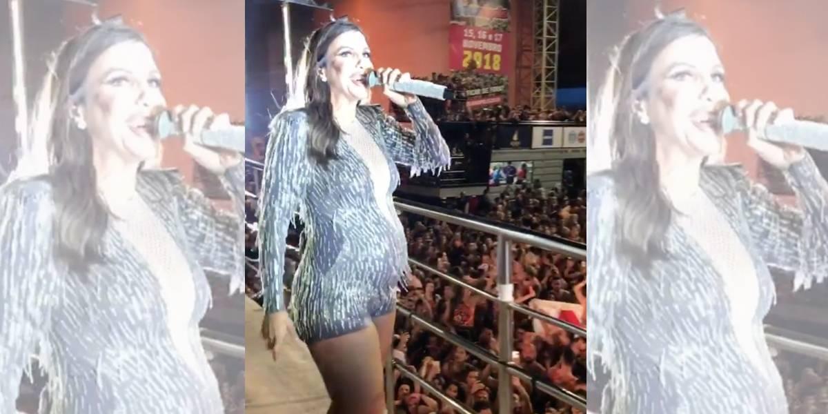 Com barrigão, Ivete Sangalo agita festa em Florianópolis