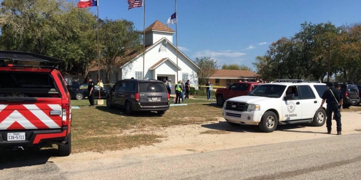 Hombre tirotea iglesia en Texas