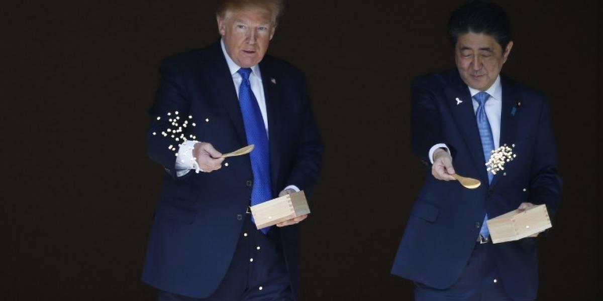 """""""Trump lo hizo otra vez"""": pierde la paciencia con peces en Japón y las redes sociales explotan"""