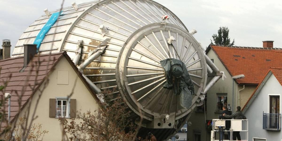La gigantesca máquina enterrada en una ciudad de Alemania que investiga la partícula más insignificante del universo