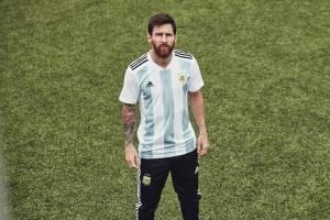 Messi veste a camisa da Argentina