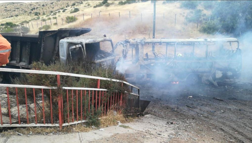Choque de minibús en Ovalle deja un muerto: vehículo llevaba estudiantes a bordo