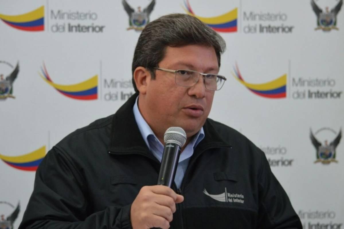 Dos funcionarios del ministerio del interior detenidos for Ministerio del interior ecuador