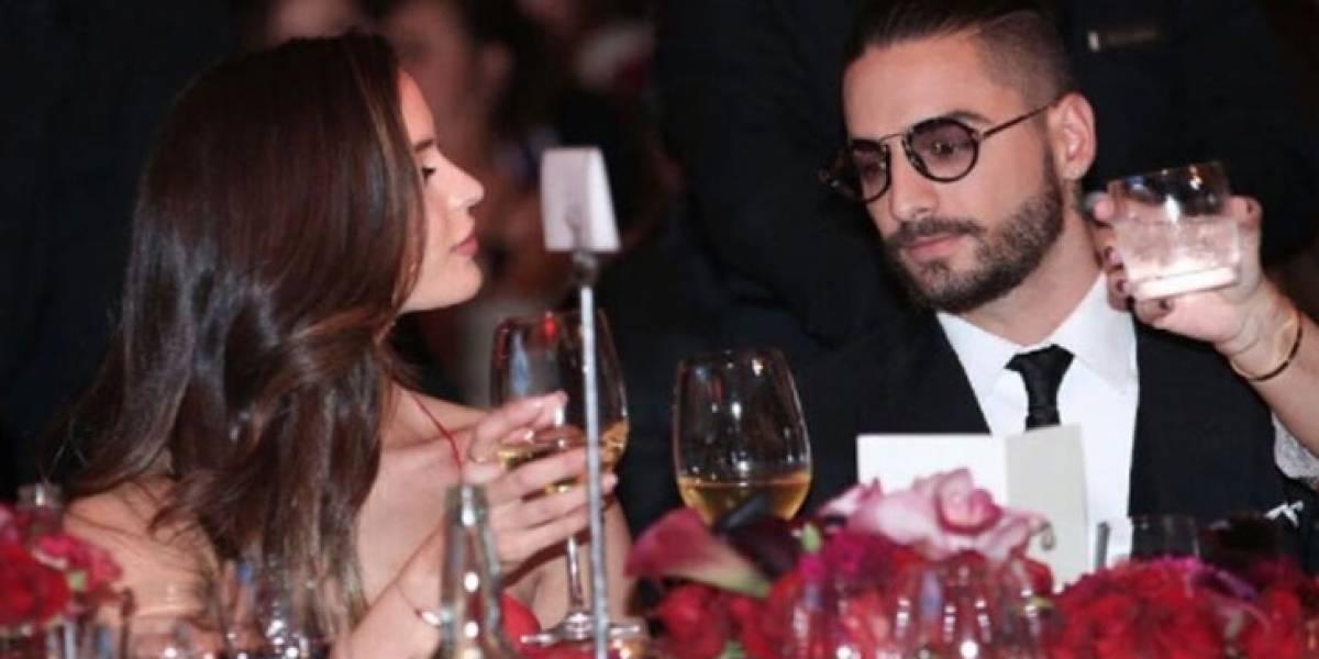 Maluma se deja ver con su pareja en evento público