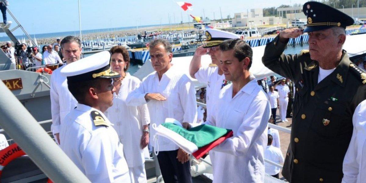 Peña Nieto abandera patrulla oceánica en Veracruz