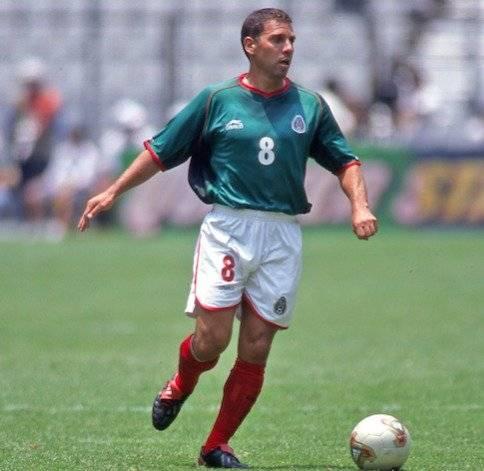 Alberto García Aspe - Ex futbolista mexicano que estuvo con Pumas, Necaxa, América y Puebla, aunque tuvo un breve paso en Argentina con River Plate./MEXSPORT