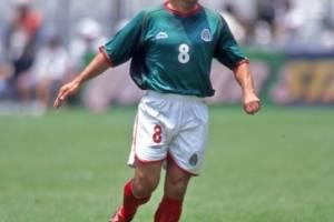Alberto García Aspe - Ex futbolista mexicano que estuvo con Pumas, Necaxa, América y Puebla, aunque tuvo un breve paso en Argentina con River Plate.