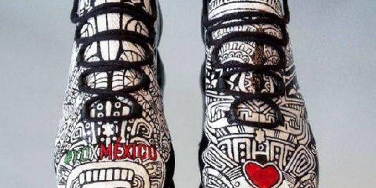 En homenaje a Layún, diseñador creó zapatos para el jugador