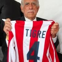 Guillermo Sepúlveda - Ex futbolista mexicano, debutó y estuvo por años con las Chivas del Guadalajara, mejor conocido como el 'Tigre'