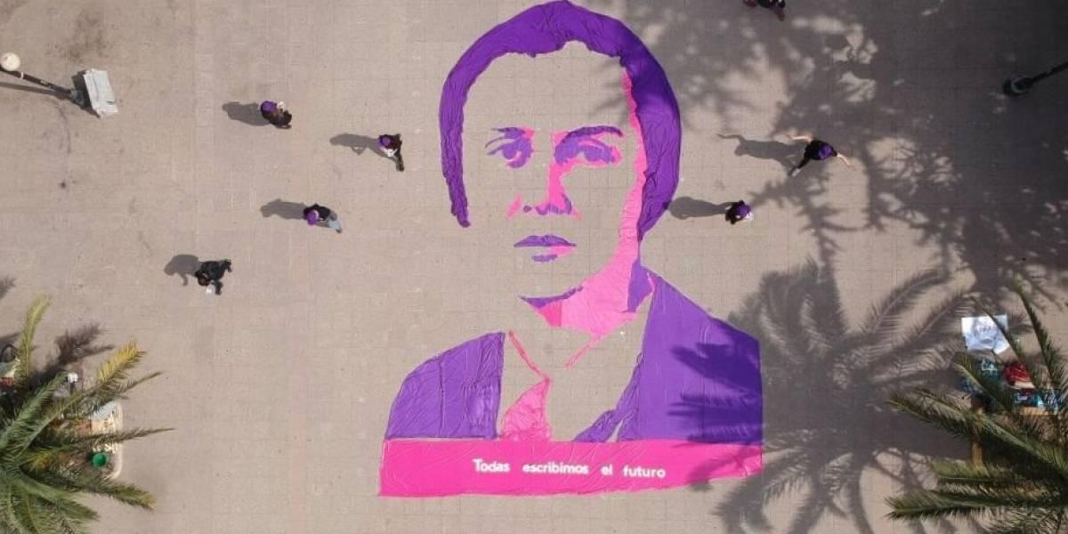 Revolución Democrática homenajeó a Elena Caffarena para demostrar la importancia del voto femenino