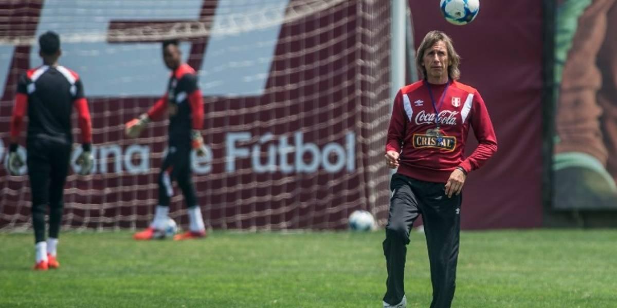 Perú prepara formación con Farfán de 9 ante Nueva Zelanda