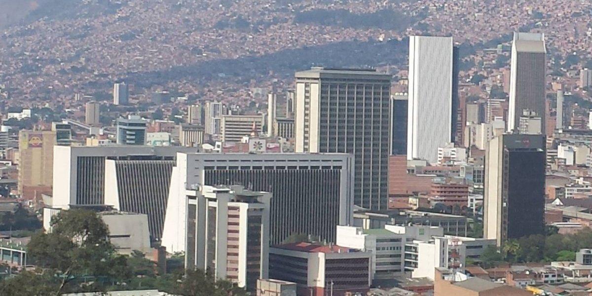 ¡Prepárese! Venteros informales marchan en el centro de Medellín