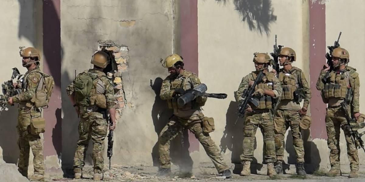 FOTOS. Un muerto en ataque contra cadena de televisión en Afganistán