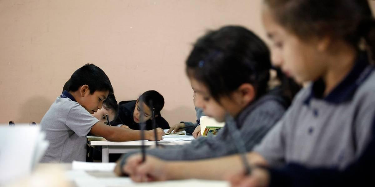 Estudio mundial de Educación cívica: Jóvenes chilenos son los que menos confían en instituciones públicas