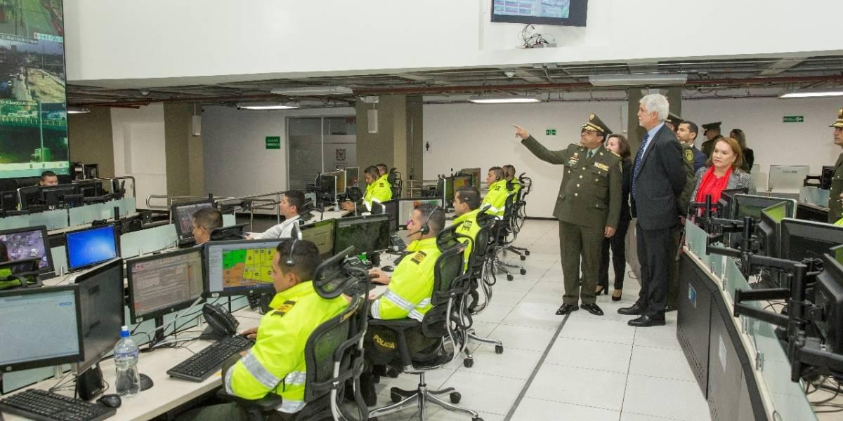 'Engallado' y listo quedó el C4, el cerebro de las emergencias en Bogotá