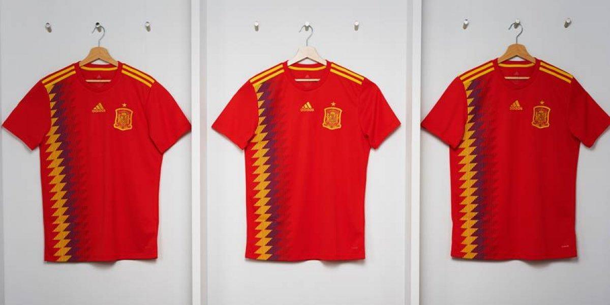 Polémica por la camiseta mundialista de España