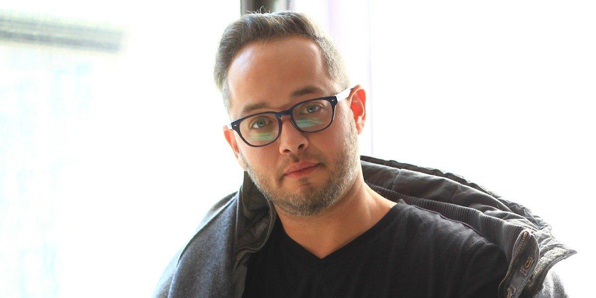 Carlos De Moya disertará seminarios en Chile